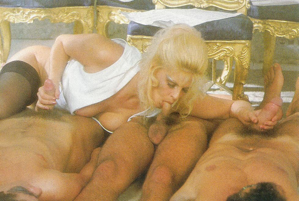 Порно фото голые малышки