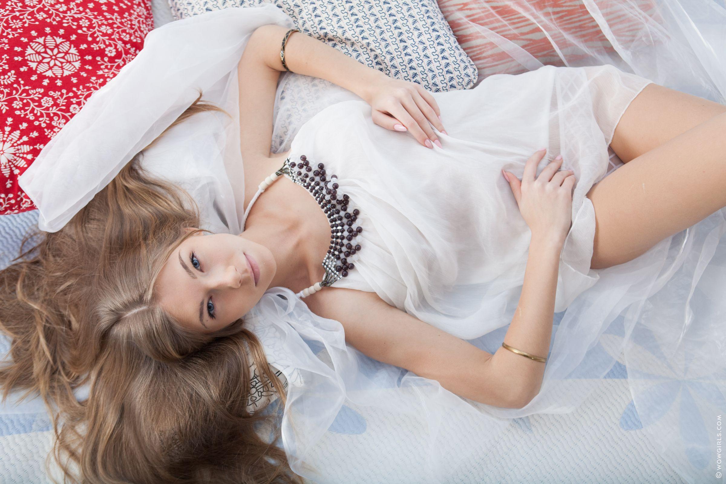 Выстрел спермы - Компеляция с участием Abby (AKA Anjelica) / Abby (AKA Anjelica) Cumshot Compilation [Сборник] / 2012 / SiteRip